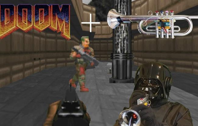 """Không cần bàn phím và chuột, Youtuber này vẫn giết sạch quái vật trong game """"Doom"""" chỉ bằng một cái kèn"""