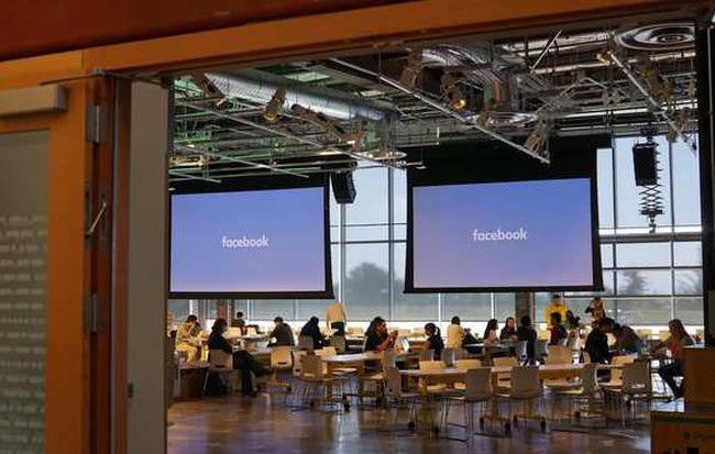 Ai còn có thể tin Facebook, khi tài liệu huấn luyện người kiểm duyệt nội dung cũng không phân biệt được tin giả mạo