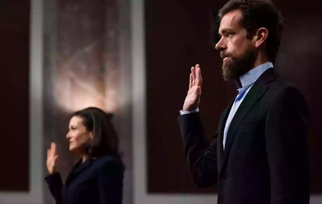 Không có mặt trong cuộc hẹn quan trọng, Google bị thành viên Thượng viện chỉ trích