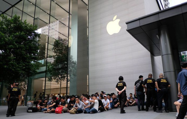 Chuyện ít ai biết: Apple Store gặp lỗi hệ thống trong ngày mở bán, khách hàng đặt trước được khuyên hủy đơn hàng