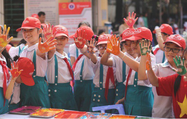 Hơn 1300 học sinh tham gia hưởng ứng Ngày thế giới rửa tay với xà phòng 2018