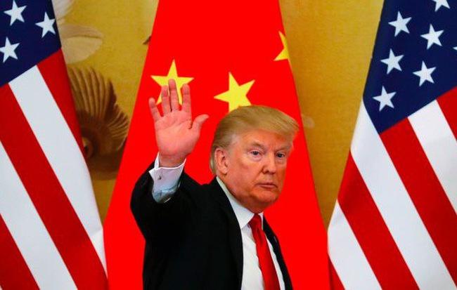 Ông Trump từng cân nhắc đòn sát thương cực mạnh vào TQ: Cấm visa toàn bộ du học sinh
