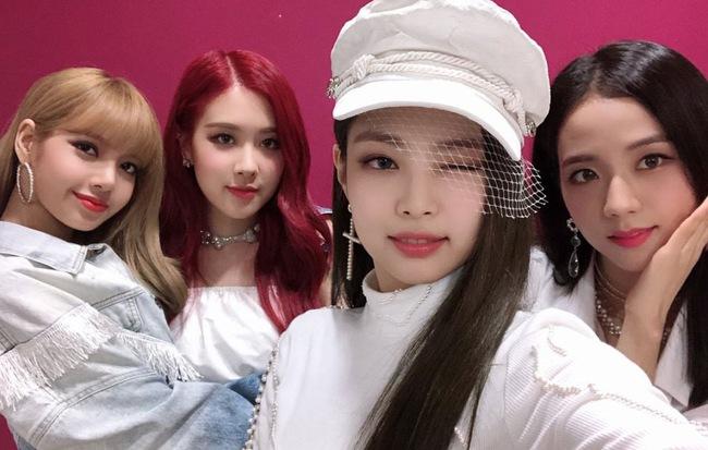 Siêu hit mới vừa giúp Black Pink đánh bại thêm một kỉ lục khủng của BTS