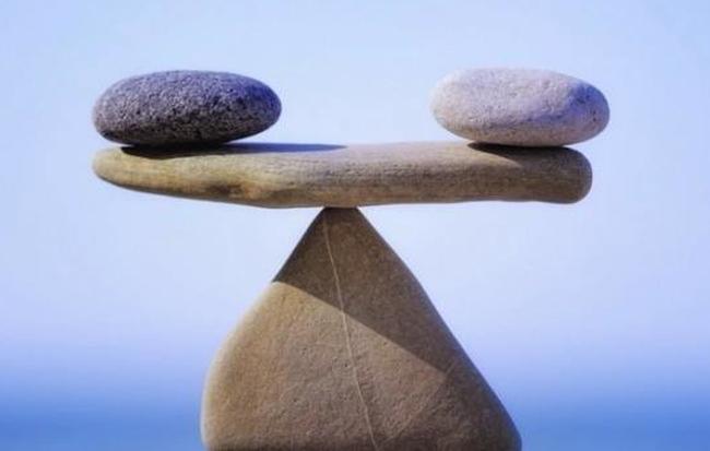 Chuyện cuối tuần: Giá trị và câu chuyện về cậu bé bán hòn đá