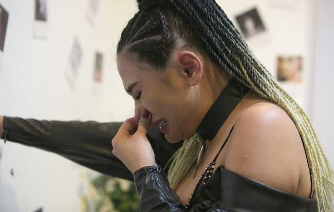 """Võ Hoàng Yến bật khóc: """"Thanh Hằng đang sợ và kết bè kết phái với Minh Hằng"""""""