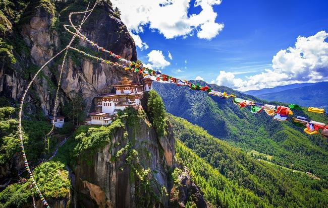 8 điều nhất định bạn nên biết nếu ấp ủ chuyến du lịch đến Bhutan - đất nước hạnh phúc nhất thế giới